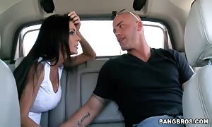 Jessica Jaymes providing head in a car