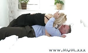 mother blond mom I'd desire to bang can get a good screwing