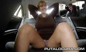 PUTA LOCURA massive knockers mom torn up in a taxi cab