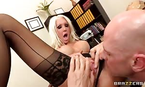 kinky instructor Holly Price desires a rigid bang!