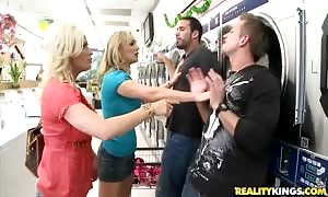 Bill Bailey, Carlo, Diamond Foxx and Tanya Tate