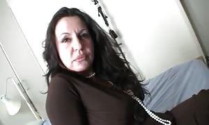 Spanish mom