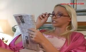 Nikki Hunter calling a male prostitute