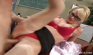 Tyann Mason & can