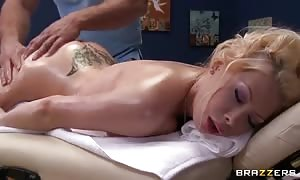 Masseur To The porno-stars
