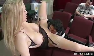 hot tutor Julia Ann trains horny guy of honey seduction!